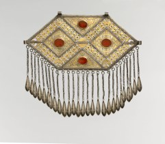 Working Title/Artist: Pectoral ornamentDepartment: Islamic ArtCulture/Period/Location: HB/TOA Date Code: Working Date: late 19th–early 20th century photography by mma, Digital File DP145229.tif retouched by film and media (jnc) 8_12_11